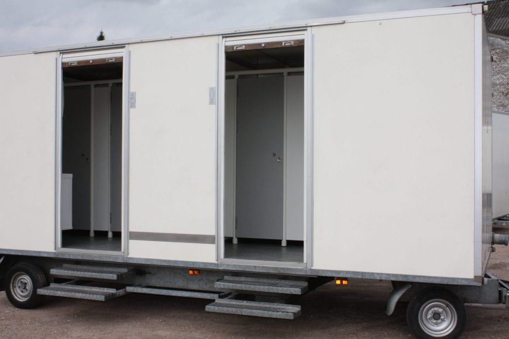 Type TW05 en TW06 2 gelijke toiletwagens